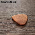 پیک چوب بادوم